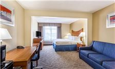 Wingate by Wyndham Universal Studios & Convention Center Room - King Bed