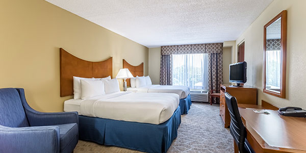Accessible Two Queen Beds in Wingate by Wyndham Universal Studios & Convention Center, Orlando
